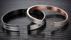 Love Maze Couple Bracelets - 2 Colours Celebrate the path to true love with these Love Maze Couple Bracelets      A romantic gift for him or for her      Choose from two designs - black or cream      Made of polished alloy metal, they have a beautiful finish      Black bracelet made of crash resistant polished alloy metal      Cream bracelet made of rose gold plated alloy      Features an...
