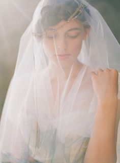 Ombre veil: http://www.stylemepretty.com/oregon-weddings/2015/05/05/oregon-coast-seaglass-wedding-inspiration/ | Photography: Lexia Frank - http://www.lexiafrank.com/