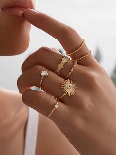 Bijouterie 2020 women's jewelry and accessories, best rings for women. Hand Jewelry, Simple Jewelry, Womens Jewelry Rings, Cute Jewelry, Jewelry Accessories, Women Jewelry, Jewellery, Simple Rings, Fashion Rings