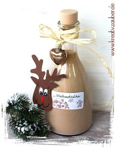 Last minute gift idea ★ Christmas liqueur ★ Kreativzauber® - Do it yourself . - Last minute gift idea ★ Christmas liqueur ★ Kreativzauber® – Homemade Christmas gifts – - Christmas Diy, Christmas Bulbs, Holiday, Christmas Costumes, Last Minute Christmas Gifts Diy, Christmas Scenes, Scandinavian Christmas, Cake Games, Liqueur