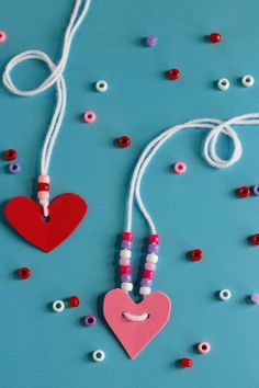 Super simple & cute Valentine's Friendshp Necklaces #jewelrymakingforpreschoolers