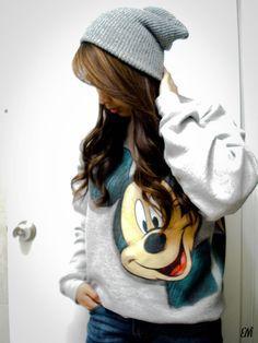 Nice beanie, cute hair :o