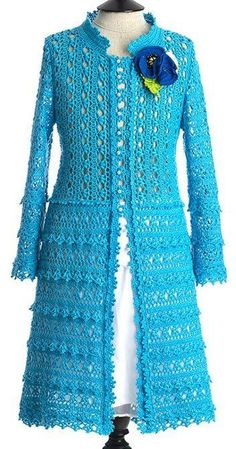 Stricken : This Pin was discovered by ger, Gilet Crochet, Crochet Coat, Crochet Jacket, Crochet Cardigan, Crochet Clothes, Crochet Short Dresses, Cardigan Pattern, Crochet Fashion, Beautiful Crochet