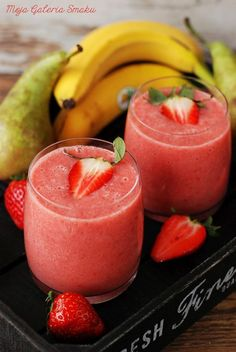 Koktajl gruszka-truskawka-banan z wodą kokosową Lemon Smoothie, Smoothie Drinks, Smoothies, Eat Me Drink Me, Food And Drink, Health And Wellness, Health Fitness, Milkshake, Delish