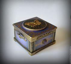 """Купить Шкатулка """"Чароида"""" - темно-фиолетовый, фиолетовый, сиреневый, шкатулка, шкатулка для украшений, Декупаж, золотой"""