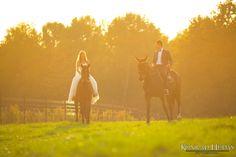 Chciałbyś sesję plenerową z końmi? Napisz do mnie.  #fotograf #fotografslubny #fotograflubartow #fotograflublin #fotografleczna #zdjeciaslubnelublin #fotografwarszawa #fotografpulawy #fotograflukow #zdjeciaslubnechelm #wedding #weddingreception #bridelle #bride