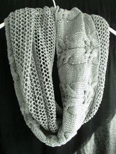 Der Trend: Loop! Der lockere, casual Schal sieht am Hals einfach wunderbar aus. Der Schlauchschal ist in One Size immer tragbar und im schicken Strick ein Eyecatcher. Hier gibt es die kostenlose Anleitung!