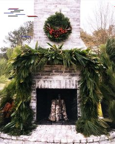 Stunning Christmas Decor Ideas They are all inspiring and you will feel in a Christmas wonderland. Maybe  you will  try some of them 🙂 #exteriordesign #homedecor #homedesign #farmhousedecor #christmas #christmasdecor #Weihnachten #Weihnachtendecor #farmhousedesign #rusticdecor #farmhousechristmas #diy