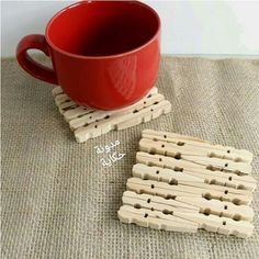 Woodworking For Kids These 14 beautiful clothespin crafts are so easy to make - you'll find ideas for kids and for adults! There are a few clothespin puppets ideas, clothespin vehicles and many funcitonal DIY toys and projects. Fun Crafts For Kids, Diy Home Crafts, Easy Diy Crafts, Crafts To Make, Kids Diy, Wooden Clothespin Crafts, Wooden Clothespins, Popsicle Stick Crafts, Craft Stick Crafts