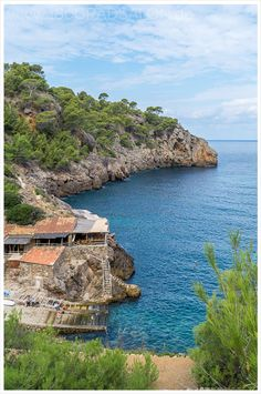 Leichte Wanderung von Deia zur Cala Deia auf Mallorca 180 grad salon
