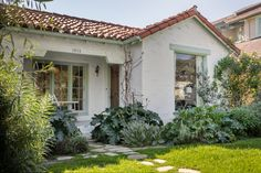 Darling Santa Monica cottage asks $2.149M - Curbed LAclockmenumore-arrow : Spanish on the outside, shabby chic inside