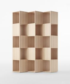 DO WANT | Fold is a minimalist design created by Tokyo-based design firm, Nendo. The shelving unit is composed of interlocking wooden boards that are oriented in different positions. The Japanese manufacturer Conde House is responsible for its manufacture. The boards seamlessly melt together as if there is no origin or end to where the construction begins. (4)
