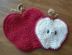 Star Wisps: Apple Potholder Crochet Pattern, free pattern, #crochet, #haken, gratis patroon (Engels), pannelap, appel