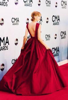 Taylor Swift At The CMA awards 2013 by Jon Kopaloff 8