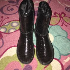 NEW Black classic glitter ugg boots size 8, brand new, no trades but will take best offer UGG Shoes Ankle Boots & Booties