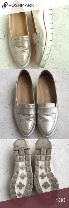 91fafb35425f Perugia Silver Loafers Vegan Sz 9 / 40 For sale is a lovely pair of gently  worn silvertone synthetic leather loafers. Smooth on side with a cool  reptile ...