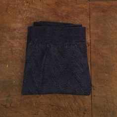 Lucky Brand Navy Thermal Leggings Navy blue Lucky Brand leggings. Super soft with chevron pattern. Never worn. Great condition. Smoke and pet free home Lucky Brand Pants Leggings