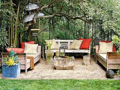 Stunning 20+ Building a Small Backyard Seating Area. Easy To Make! https://gardenmagz.com/20-building-a-small-backyard-seating-area-easy-to-make/