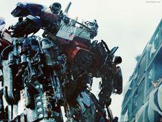 #OptimusPrime en el retorno de los autobots