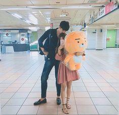 ▪ ulzzang boys and girls. Korean Couple, Best Couple, Ulzzang Couple, Ulzzang Girl, Foto Best Friend, Couple Goals Tumblr, Parejas Goals Tumblr, Couple Goals Cuddling, Girl Couple