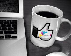 ¿El día se te está haciendo largo en el trabajo? ¡Tómate un descanso en el Facebook junto a Socialité!  Socialité Bolivia ©  All rights reserved.
