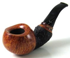 This pipe would sit perfectly in the palm of my hand.