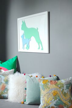 Make modern art out of your dog's good side with this DIY paper craft.