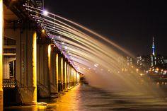 Han River Banpo Bridge by bgagnonius, via Flickr