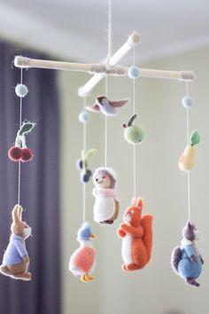 This Beatrix Potter Mobile would be a great gift for yout baby. This needle felted baby mobile featu Baby Crib Mobile, Baby Cribs, Baby Mobile Felt, Baby Bassinet, Forest Nursery, Shower Bebe, Baby Kicking, Felt Baby, Baby Baby