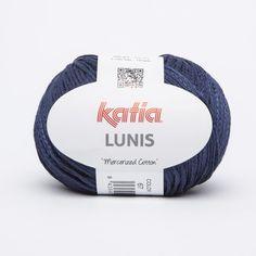 Hilo de Katia mezcla de algodón mercerizado y poliamida con un efecto brillante de color azul oscuro