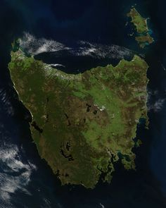 Tasmania -- the island state lying about 200 Km off the southeastern coast of Australia -- satellite image captured on 16 November, 2005 Places To See, Places Ive Been, Coast Australia, Image Of The Day, Beautiful Places, Amazing Places, Tourism, National Parks, Scenery
