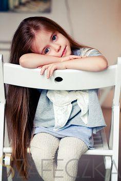 Szaro jeszcze raz.  #fashion #kid #girl