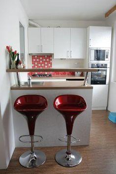 Vestavěné SKŘÍNĚ NA MÍRU - Fotogalerie Kuchyňské linky Wine Glass, Tableware, Kitchen, Kitchens, Barbell, Banks, Cuisine, Dinnerware, Cooking
