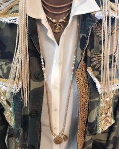 YUTA PASCHhandmade with love #pearls #gold #glitzifitzi #camouflage #hippielook #fashion #fw17 #newcollection #yutapasch #handmadeingermany #exclusive @worldkoblenz