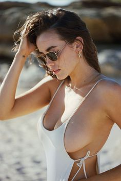 eternal-olympia: Sarah Stephens by Cameron Hammond - Bikini Girls Pleasure Fitness Models, Strip, Mädchen In Bikinis, Australian Models, I Love Girls, Sexy Hot Girls, Sensual, Girl Photos, Thong Bikini