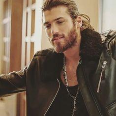 Just Beautiful Men, Beautiful Men Faces, Turkish Men, Turkish Actors, Lion Painting, Hot Actors, Beard Styles, Types Of Fashion Styles, Sexy Men