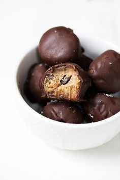 Decadent paleo cookie dough truffles made with wholesome ingredients for the perfect, bite-sized treat. They taste just like real cookie dough!