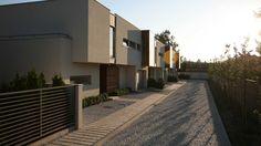 FIDELIA – segmenty typu C   K. S. ARCHITEKCI   Kinga Brix-Grobelna • Seweryn Grobelny Garage Doors, Stairs, Outdoor Decor, Home Decor, Stairway, Staircases, Interior Design, Ladders, Home Interior Design