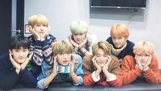 Read from the story High School [NCT DREAM] by GXXXXXS (april) with reads. chensung, markhyuck, El ánimo de Mark bajo cuando vio a su rec. Jaehyun, Winwin, Taeyong, Nct 127, Meme Photo, Ntc Dream, Nct Dream Jaemin, Dream Concert, Wattpad