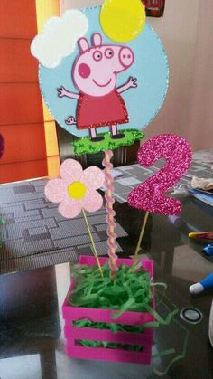 Idéias para festa da Bia 2 Birthday, 4th Birthday Parties, Birthday Party Decorations, Fiestas Peppa Pig, Cumple Peppa Pig, Peppa E George, Pig Party, Party Time, Creations