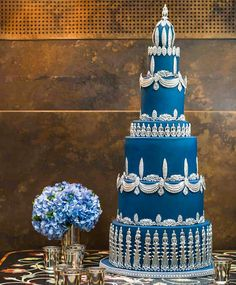 Wedding colors silver beautiful cakes for 2019 Luxury Wedding Cake, Purple Wedding Cakes, Cool Wedding Cakes, Beautiful Wedding Cakes, Gorgeous Cakes, Wedding Cake Toppers, Wedding Flowers, Beautiful Flowers, Wedding Colors