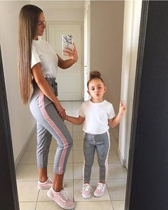 Family Matching Outfits Look Mother Daughter Sweatshirts Mommy and Me Clothes Mom Mum Baby Dress Long Sleeve Clothing LLY Mother Daughter Matching Outfits, Mother Daughter Fashion, Mommy And Me Outfits, Cute Girl Outfits, Matching Family Outfits, Kids Outfits, Mother Daughters, Daddy Daughter, Mother Son