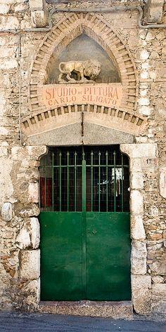 stunning gate/doorway Sicily ..rh
