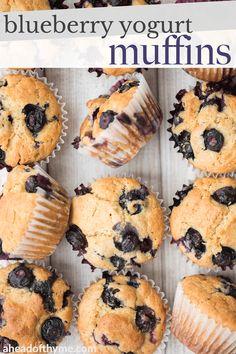 Frozen Blueberry Muffins, Best Blueberry Recipe, Frozen Blueberries, Blue Berry Muffins, Apple Oatmeal Muffins, Banana Chocolate Chip Muffins, Jumbo Muffins, Blueberry Season, Safari Cakes