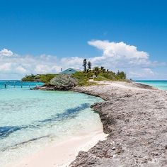 Drop Everything To Read About This Amazing Private Island In The Bahamas Abaco Bahamas, Bahamas Honeymoon, Bahamas Island, Bahamas Vacation, Island Beach, Places To Travel, Places To Go, Caribbean Vacations, Beach Bungalows