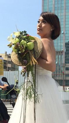 #bride #grass #disc #workshop #timobolte #design #bride #flowers #bouquet #taiwan Bride Flowers, Taiwan, Grass, Addiction, Workshop, Bouquet, Floral, Design, Wedding
