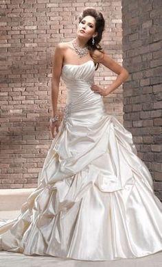Maggie Sottero J1533 - Size 16 Alabaster
