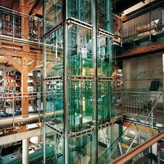 Exklusiver Aufzug der Stadtbücherei Biberach, stricker-aufzuege.de