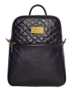 Mochila feminina com matelassê em couro legítimo preta - Enluaze Loja Virtual | Bolsas, mochilas e pastas