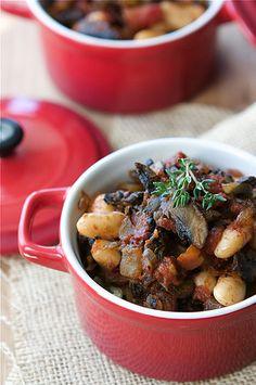 Vegetarian Mushroom & Cannellini Bean Ragout Recipe